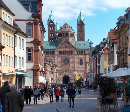 speyer-cathedral1-e1540908626667 (1)