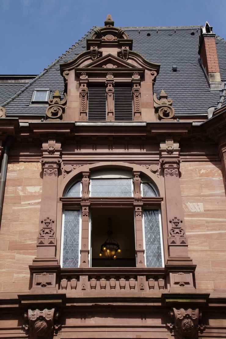 heidelberg red sandstone house