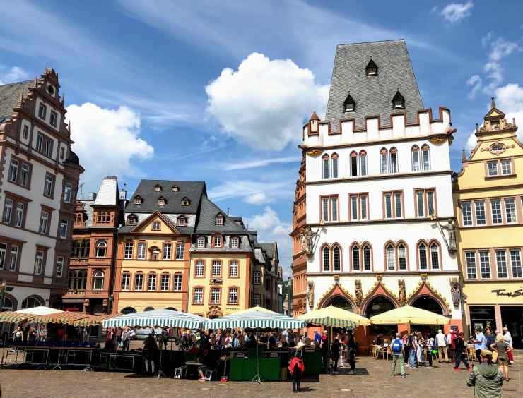 Marketplace Trier with Steipe